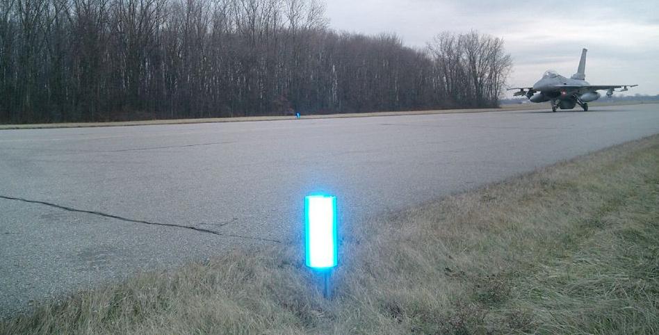 valley illuminators visual marking systems driveways. Black Bedroom Furniture Sets. Home Design Ideas